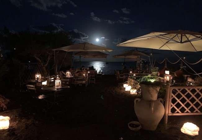 Marina del gabbiano stromboli lounge bar at Moonlight