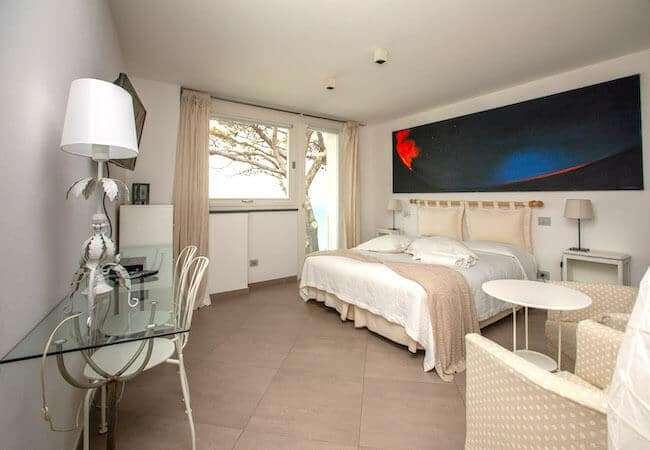 Gabbiano Relais Stromboli Apartment Libeccio - main bedroom