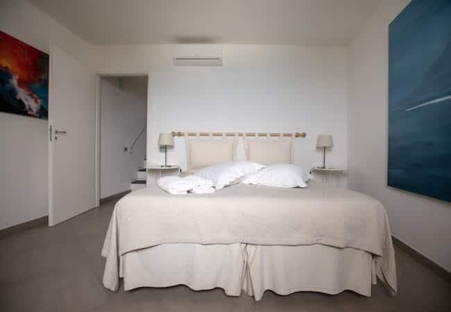 seconda camera dell'appartamento libeccio del gabbiano relais stromboli