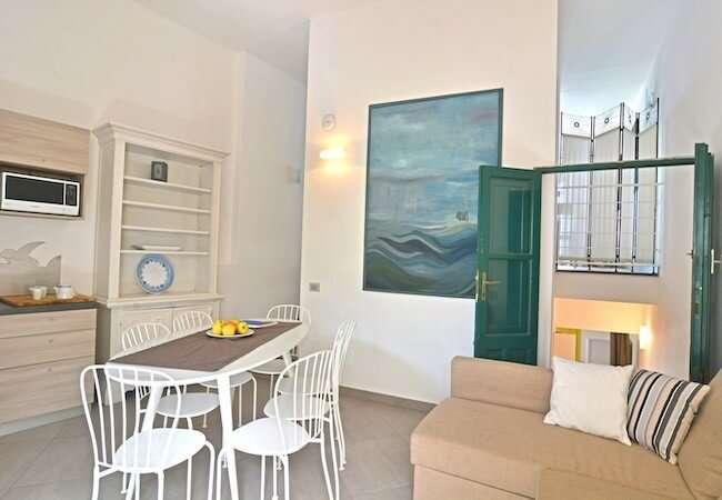 Gabbiano Relais Stromboli apartment Libeccio - living room