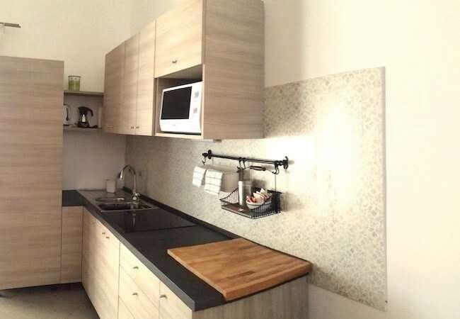 cucina appartamento mezzogiorno del gabbiano relais stromboli